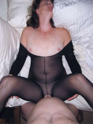 Nafi pegging escorts in New Brighton, MN